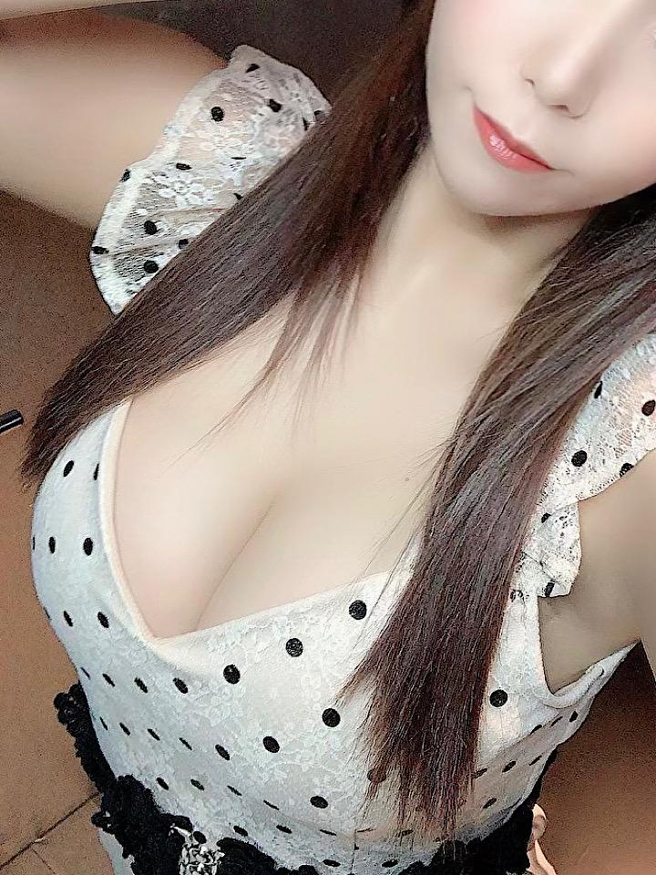 高級デリヘル|白金 綾子